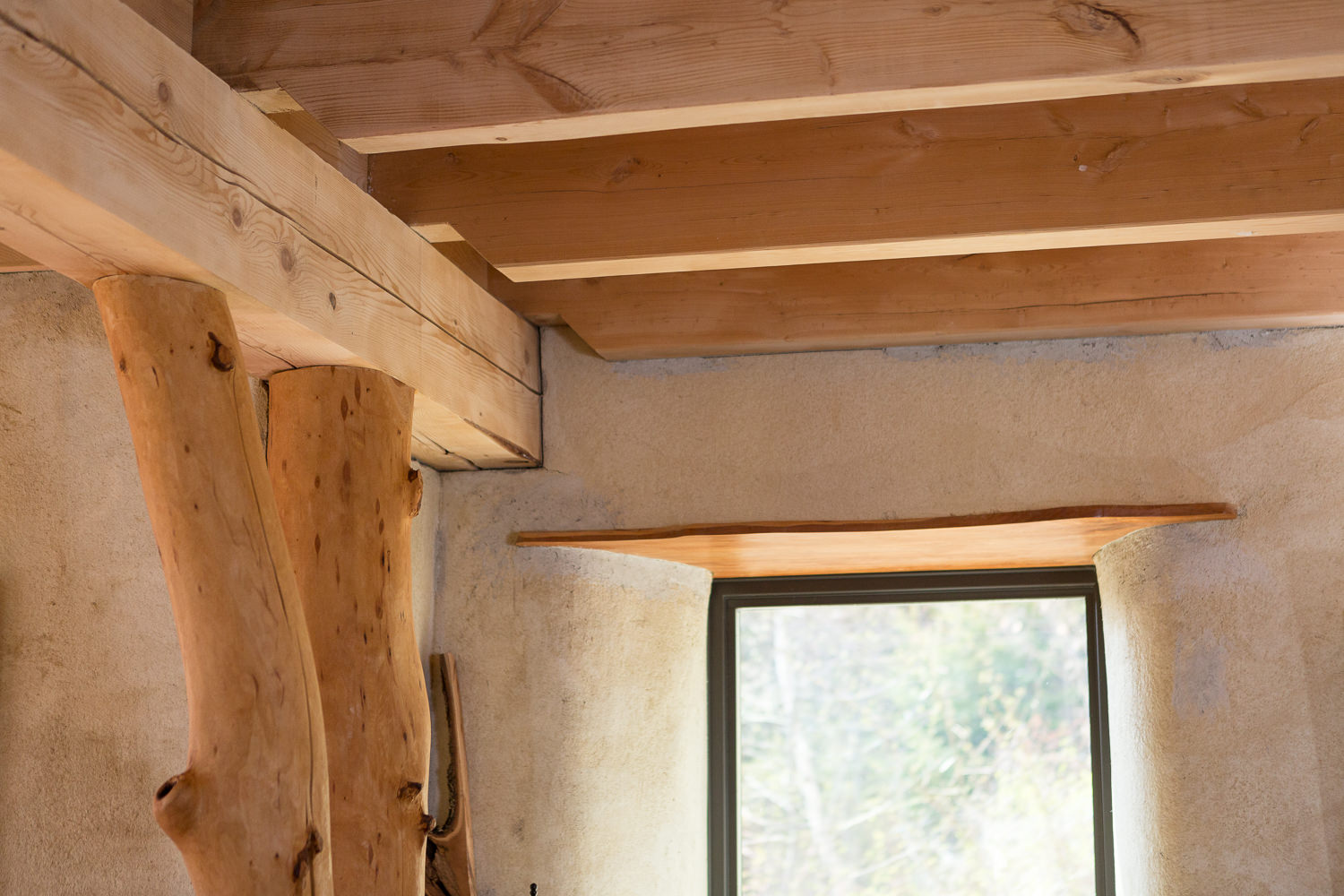 Straw-cell and timber frame kitchen renovation for New Frameworks Natural Building